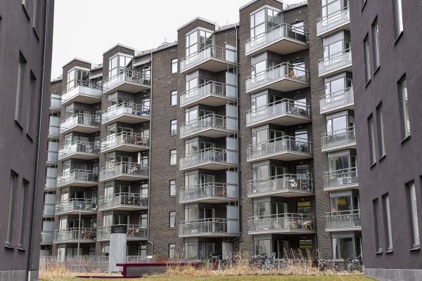 Färre köper bostäder före visning
