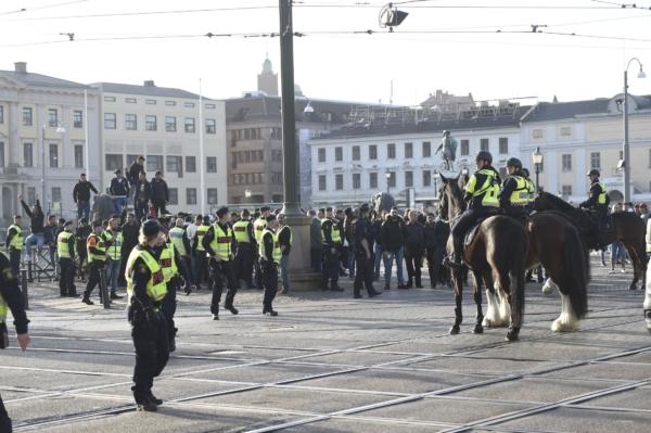 Flertal omhändertagna av polis vid Israelmanifestation i Göteborg