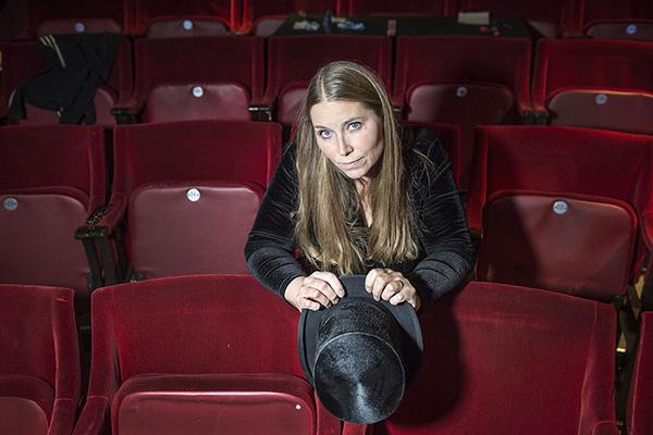 Anna Pettersson standup på Stora Teatern