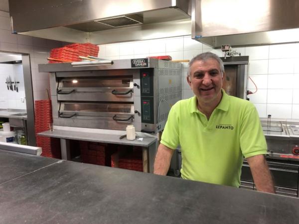 Pizzabagaren som går mot strömmen