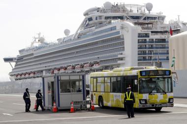 Smittades på virusfartyget – två passagerare döda