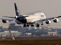Stora flygbolag varnar för coronaeffekter
